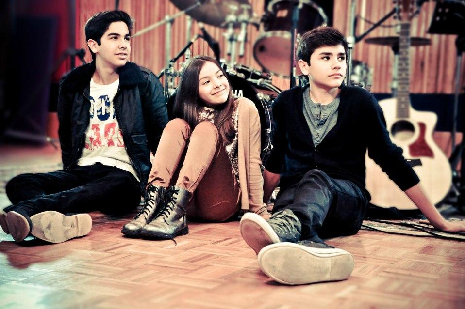 Группа Vazquez Sounds: видео